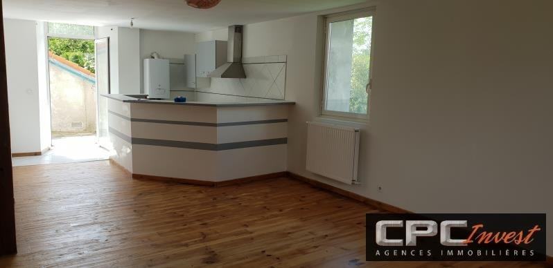 Rental apartment Gelos 750€ CC - Picture 1