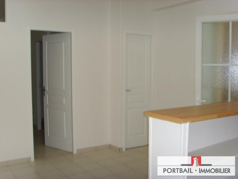 Location appartement Blaye 390€ CC - Photo 1