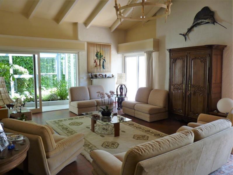 Deluxe sale house / villa Idron lee ousse sendets 650000€ - Picture 3