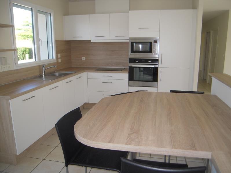 Rental house / villa Mouilleron le captif 660€ CC - Picture 2
