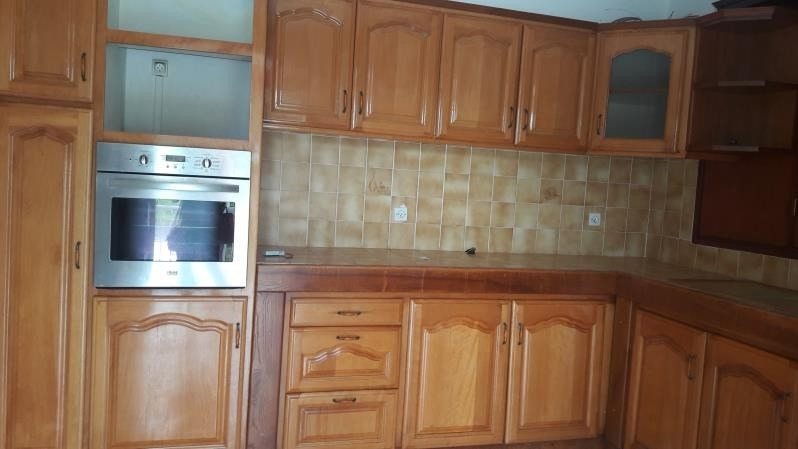 Location appartement Le moule 1 100€ CC - Photo 2