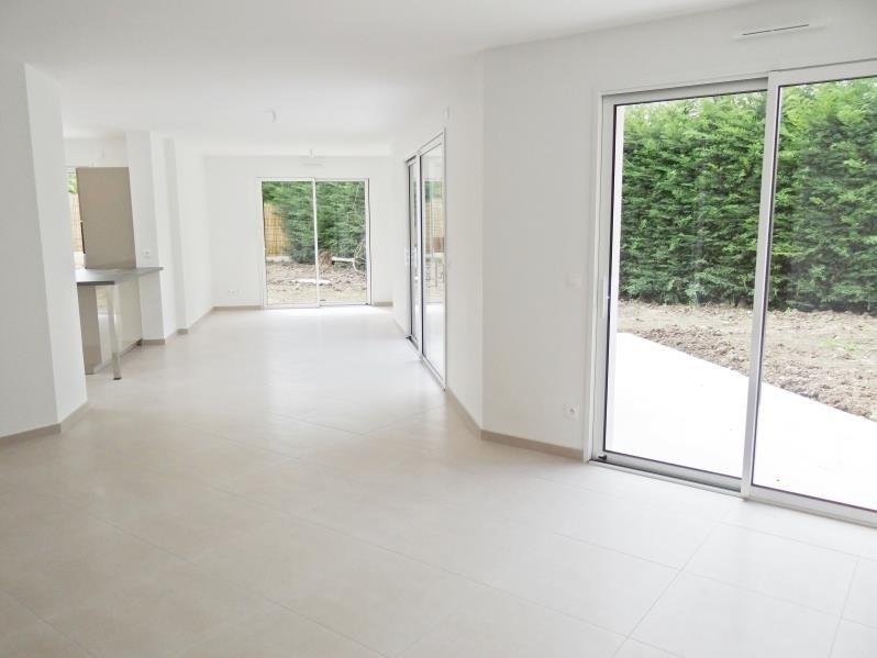 Location maison / villa Orgeval 3200€ CC - Photo 3