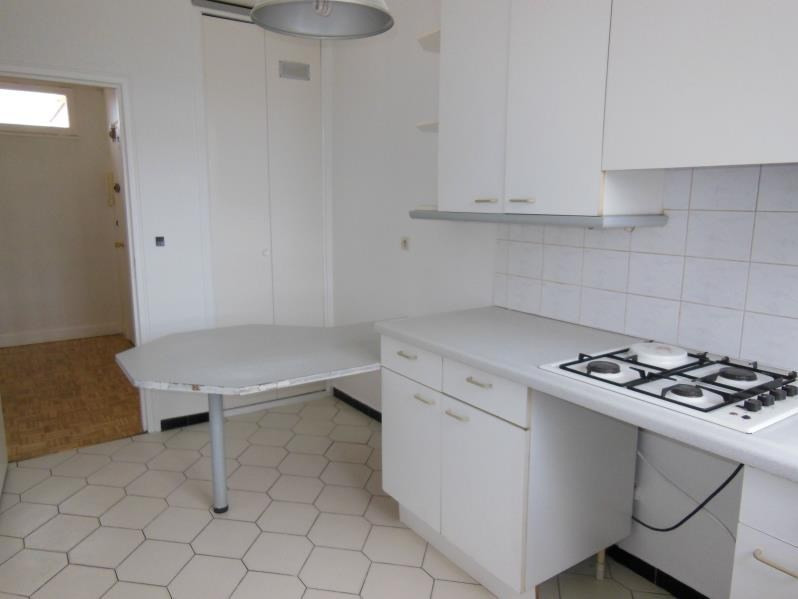 Location appartement Viroflay 1004€ CC - Photo 1