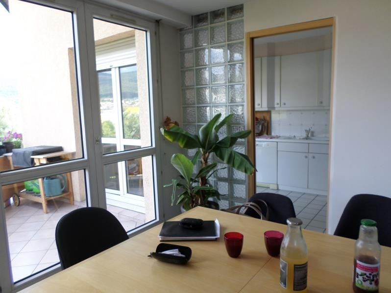 Sale apartment Oyonnax 130000€ - Picture 2