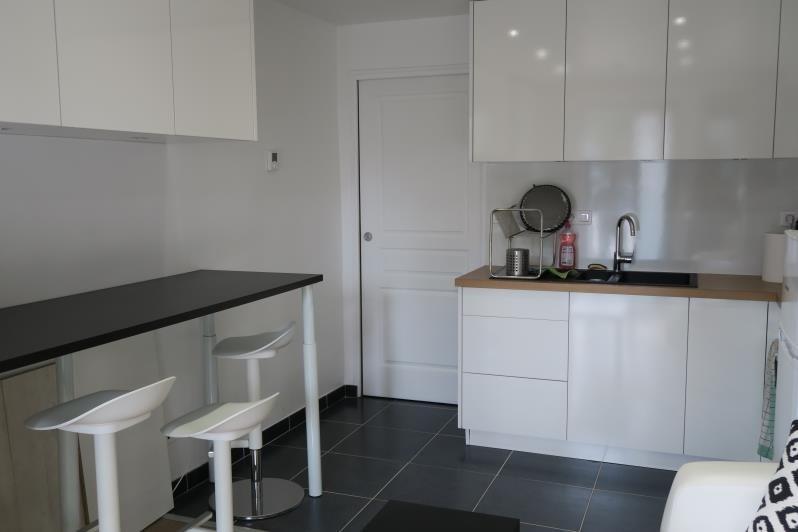 Vendita appartamento Magny les hameaux 102000€ - Fotografia 2