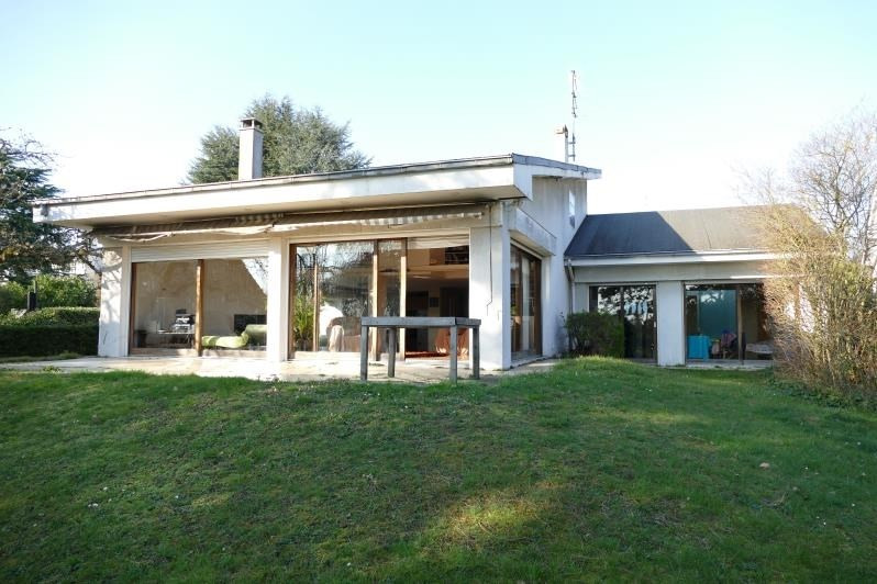 Deluxe sale house / villa Chatenay malabry 1 050 000€ - Picture 1