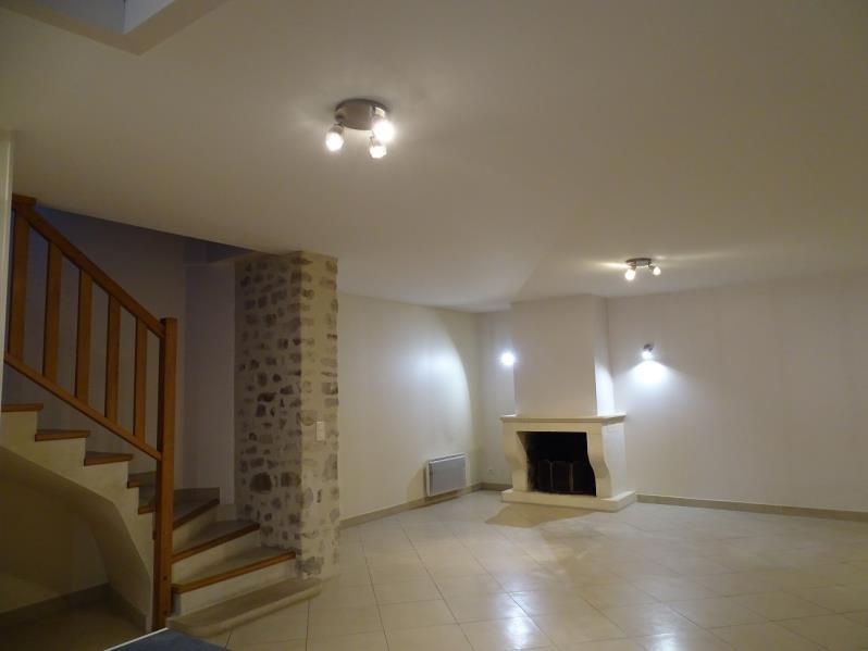 Location maison / villa Thiers sur theve 1130€ CC - Photo 2