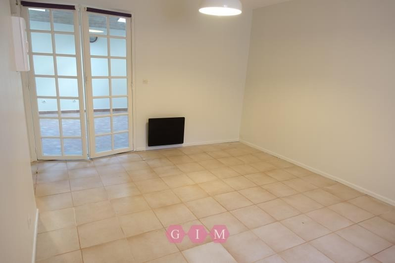 Location appartement Maurecourt 595€ CC - Photo 3
