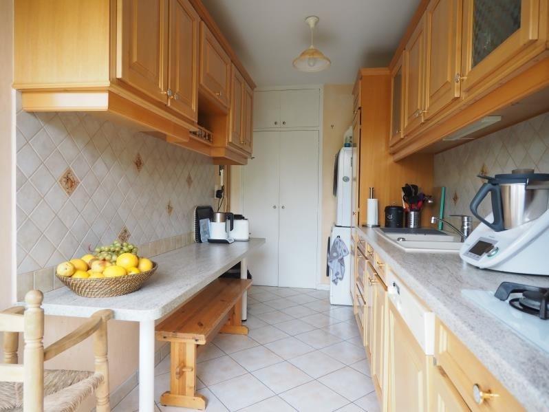 Sale apartment Fontenay le fleury 199000€ - Picture 3