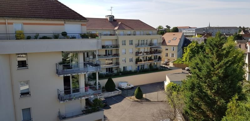 Rental apartment Compiegne 648€ CC - Picture 1