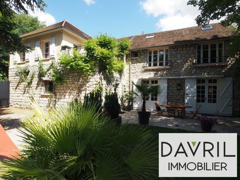 Deluxe sale house / villa Cergy 888000€ - Picture 1