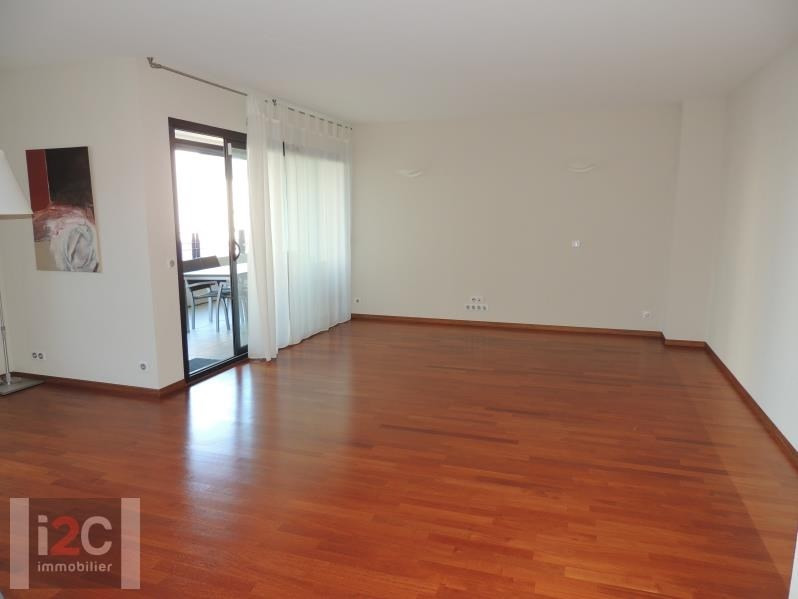 Rental apartment St genis pouilly 2400€ CC - Picture 1