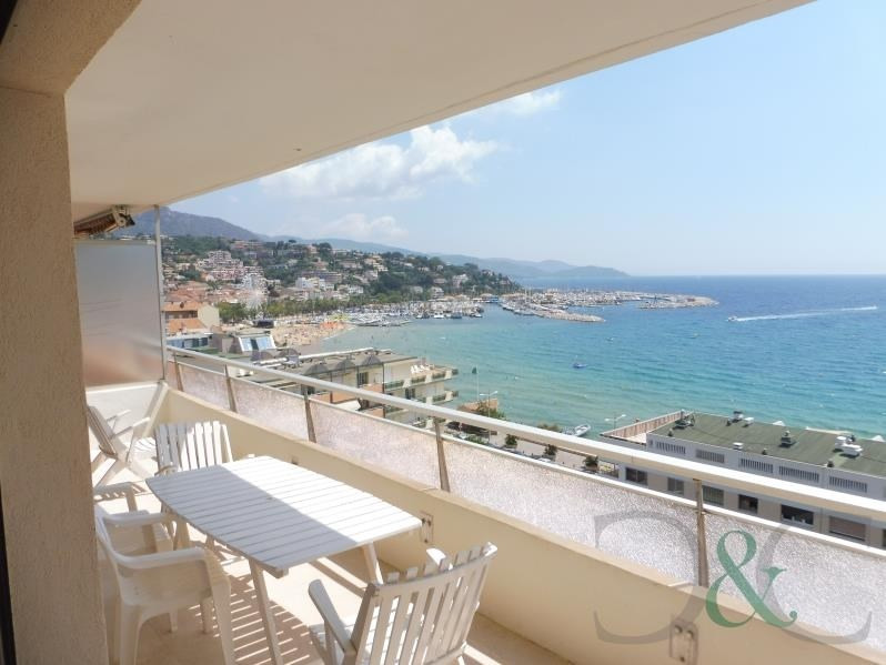 Deluxe sale apartment Le lavandou 498 000€ - Picture 1