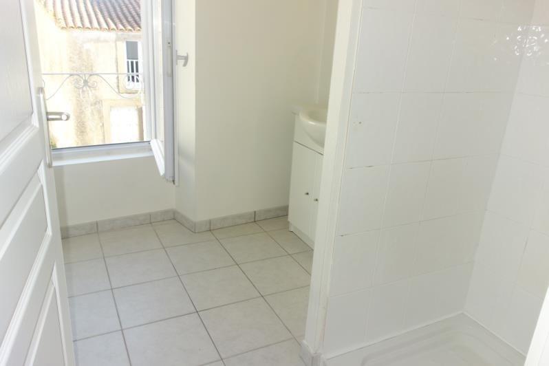 Rental apartment St denis la chevasse 420€ CC - Picture 5