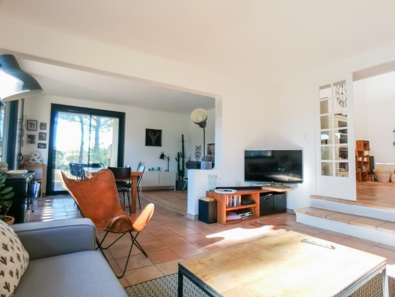 Deluxe sale house / villa Rousset 566000€ - Picture 3