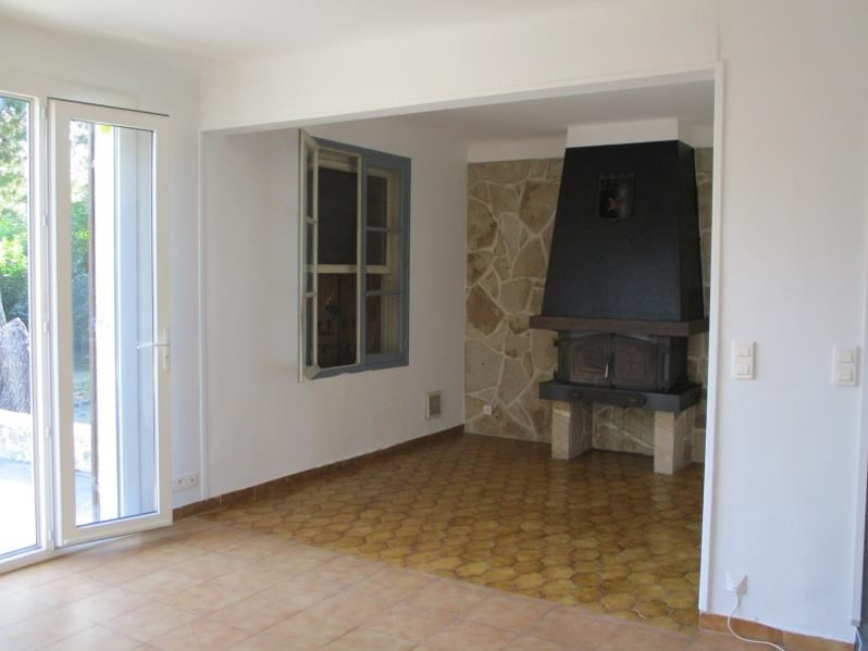 Rental house / villa Salon de provence 940€ CC - Picture 6