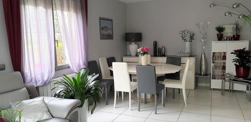 Vente maison / villa Montfort-l'amaury 375000€ - Photo 2