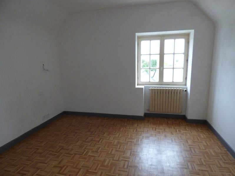 Location maison / villa Begard 610€ CC - Photo 5