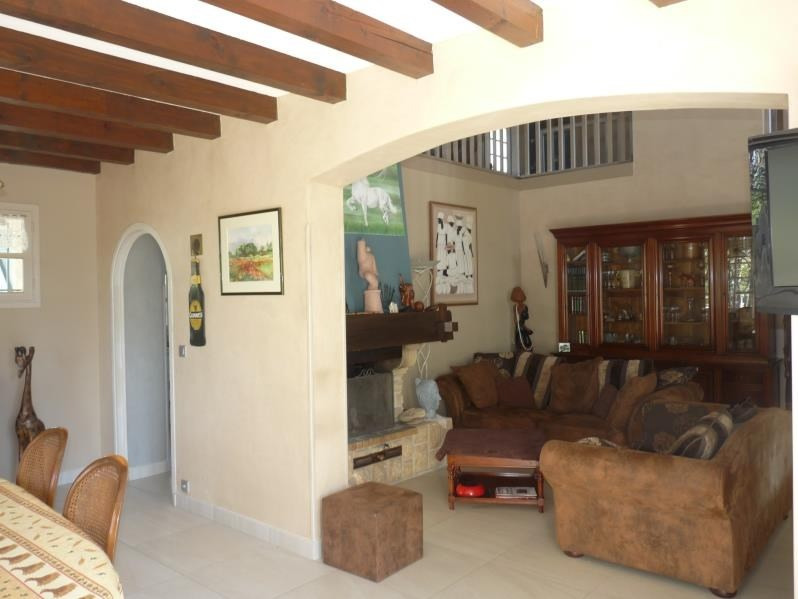 Deluxe sale house / villa Laroque timbaut 420 000€ - Picture 2