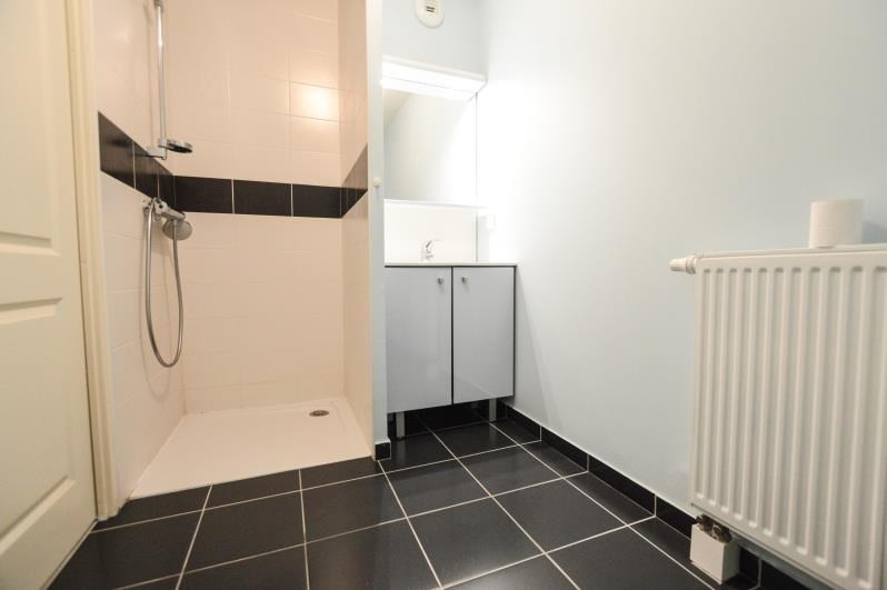 Rental apartment Lons 550€ CC - Picture 4