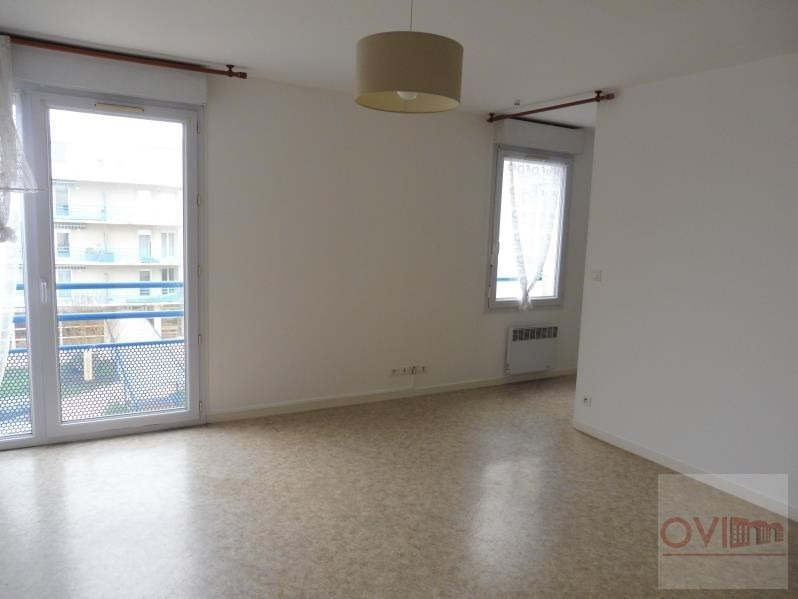 Rental apartment La roche sur yon 530€ CC - Picture 1