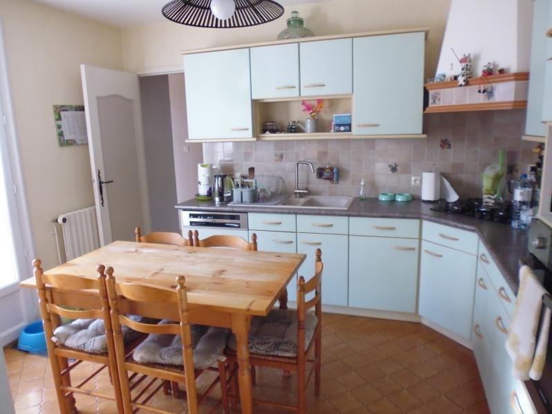 Sale house / villa Buxerolles 229800€ - Picture 5
