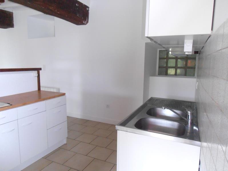 Location maison / villa Saint didier 725€ CC - Photo 5