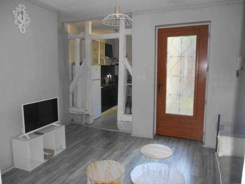 Location appartement Troyes 440€ CC - Photo 2