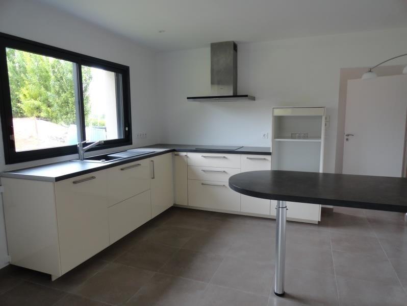 Sale house / villa Mouzillon 362900€ - Picture 2