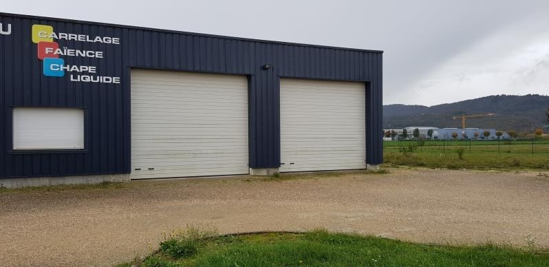 Location local commercial Izernore 1000€ HT/HC - Photo 1