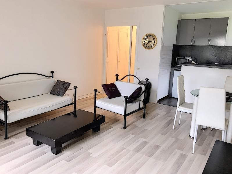 Sale apartment Chambery 85 000€ - Picture 3