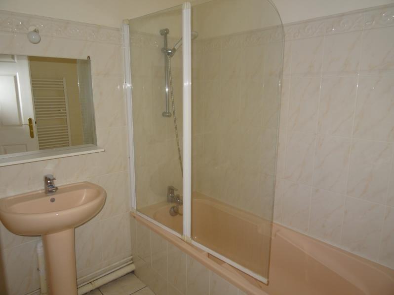 Rental apartment Beaumont sur oise 700€ CC - Picture 3