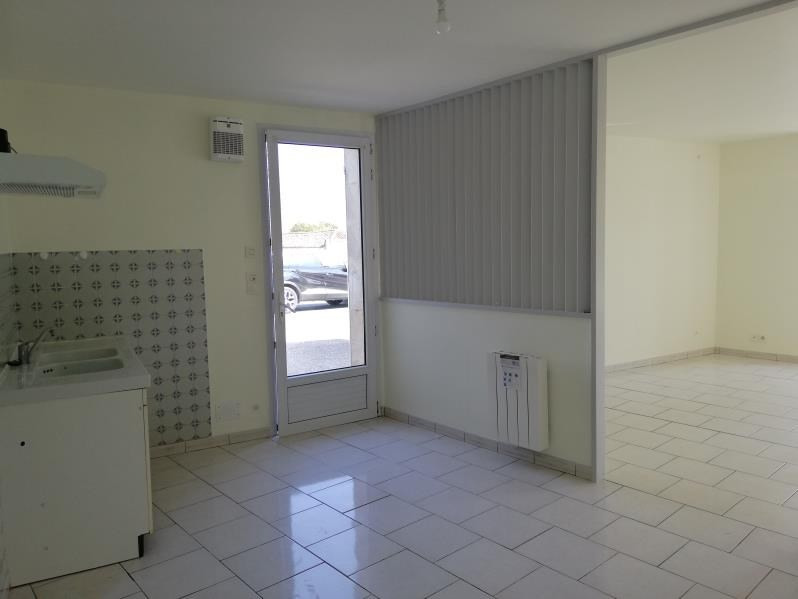 Location maison / villa Tesson 500€ CC - Photo 4