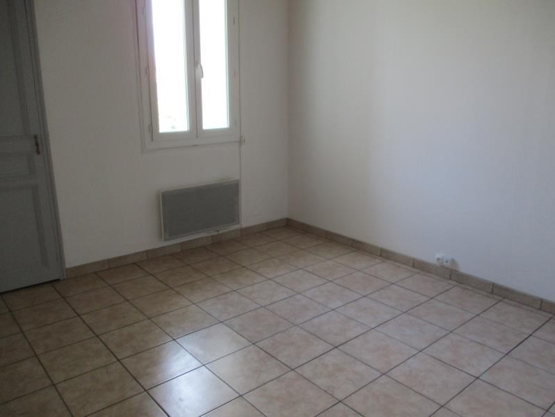 Rental apartment Salon de provence 510€ CC - Picture 4
