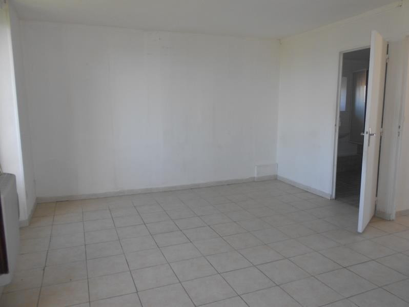 Rental apartment Bailly carrois 465€ CC - Picture 1