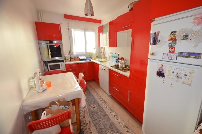Sale apartment Sartrouville 219 000€ - Picture 2