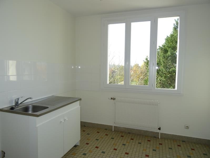 Location appartement Le coteau 322€ CC - Photo 3