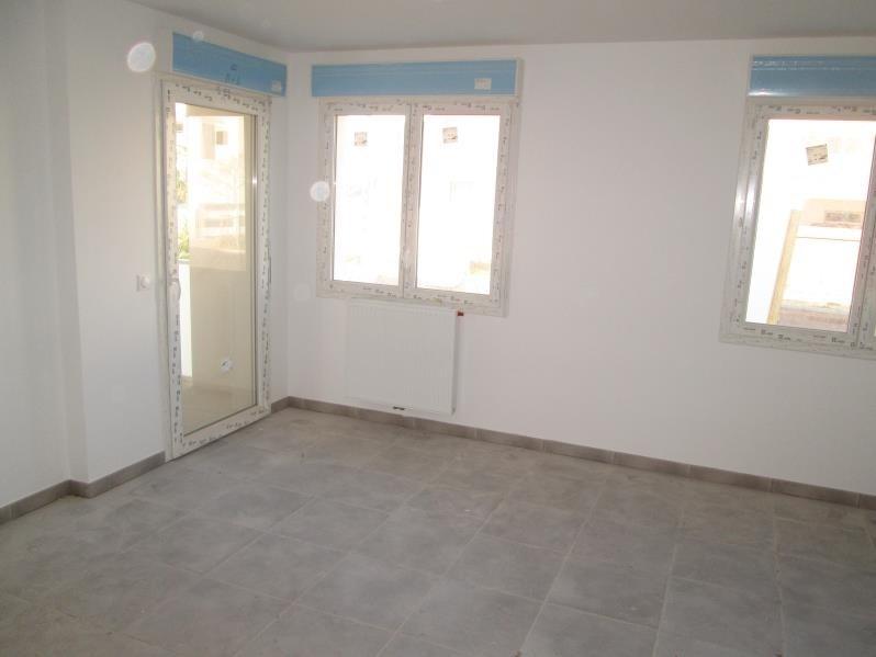 Rental apartment Sete 550€ CC - Picture 2
