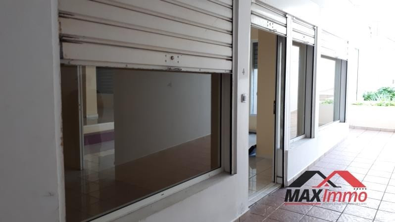 Location local commercial St pierre 2 000€ HT/HC - Photo 4
