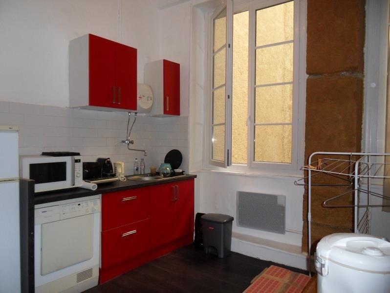 Rental apartment Lyon 2ème 755€ CC - Picture 2