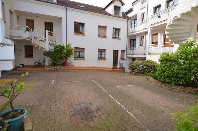 Revenda apartamento Houilles 139000€ - Fotografia 1