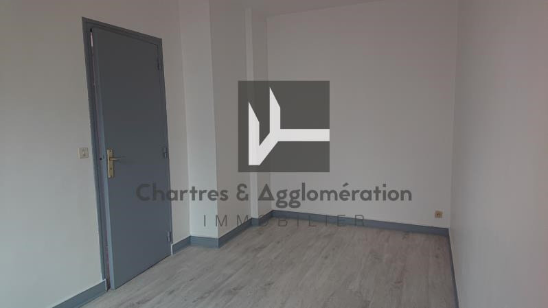 Rental office Chartres 580€ HC - Picture 2