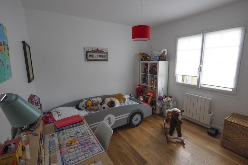 Sale house / villa St andre de cubzac 333000€ - Picture 9