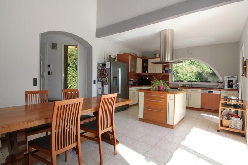 Deluxe sale house / villa Rochefort du gard 599000€ - Picture 2
