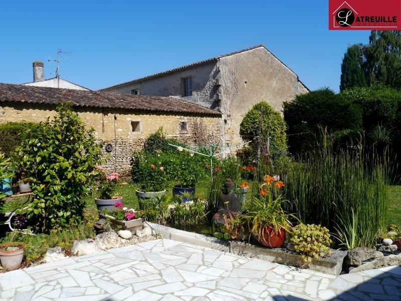 Sale house / villa Gemozac 261000€ - Picture 1