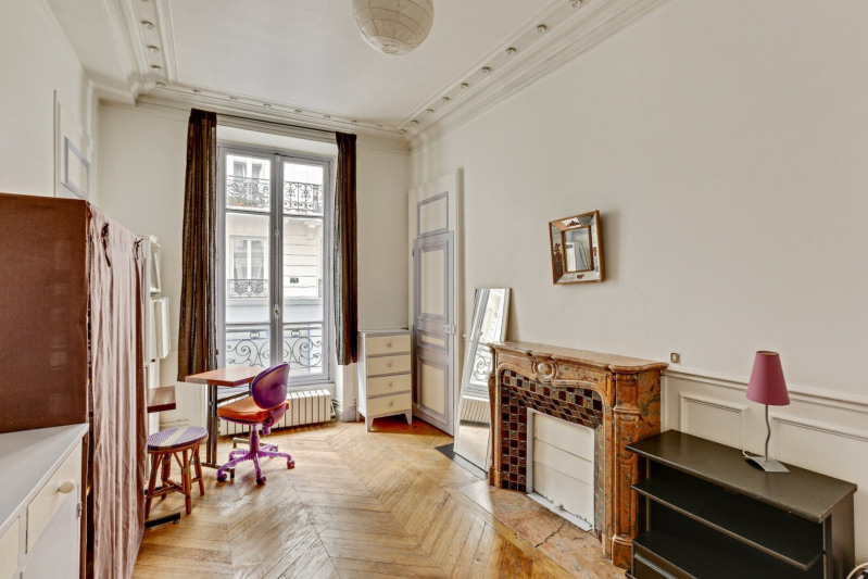 Vente de prestige appartement Paris 10ème 1 390 000€ - Photo 2