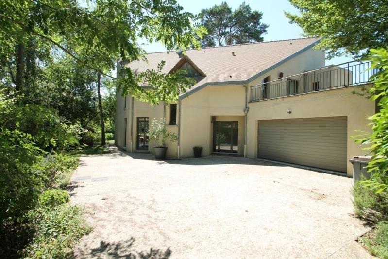 Sale house / villa Bois le roi 890000€ - Picture 1