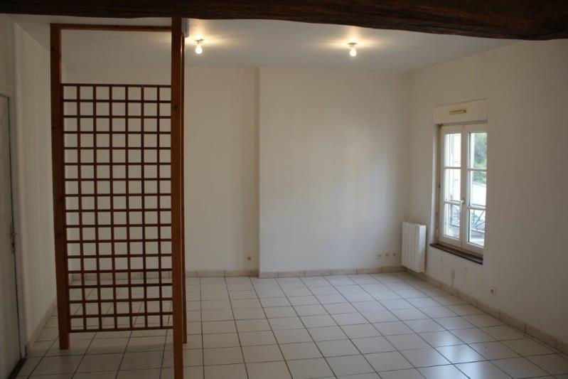 Locação apartamento Maintenon 387€ CC - Fotografia 1