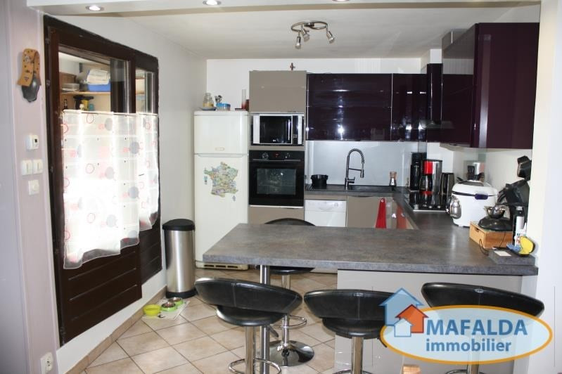 Sale apartment Cluses 139000€ - Picture 1