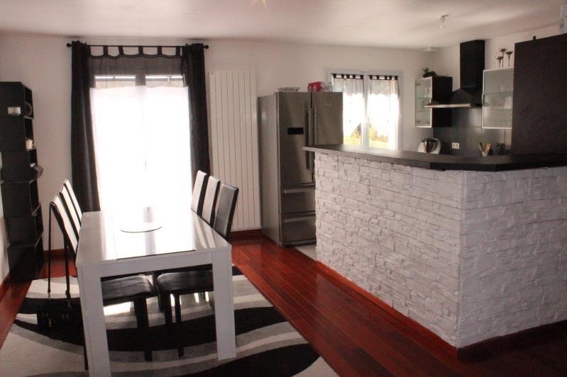 Sale house / villa Montceaux les provins 183000€ - Picture 5